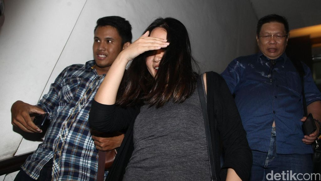 Segera Berangkat ke Kejari Jakpus, Jessica Kumala Wongo Masih Syok dan Sedih
