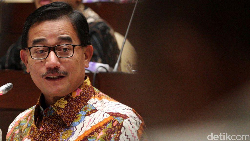 Saat Menteri Ferry Mengagumi Senyuman SBY