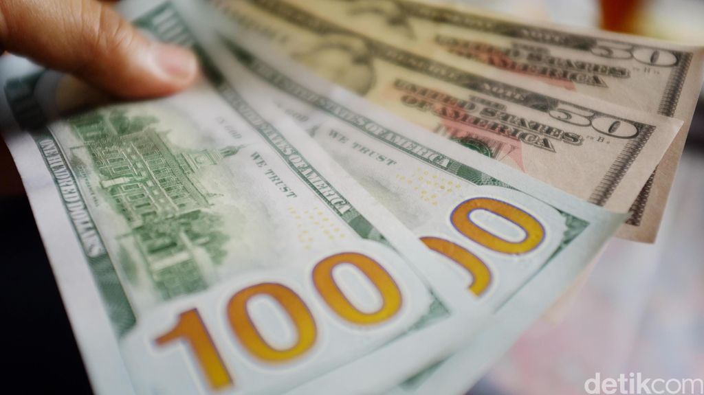 Edarkan Uang Dollar Palsu Senilai Rp 1 Miliar, Oknum TNI Ditangkap Polisi