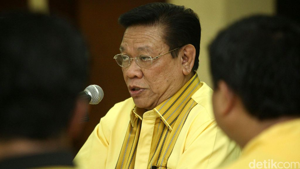 Agung Laksono: Anggota DPR Jangan Justru Malas karena Buat UU Sedikit