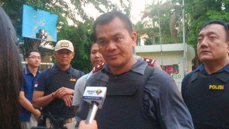 Kerahkan 350 Personel, Polisi Geledah 20 Rumah di Kampung Ambon