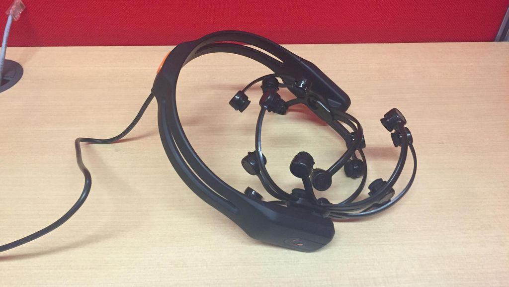 EEG dan Neuroheadset, Kunci Kursi Roda Dikendalikan Sinyal Otak