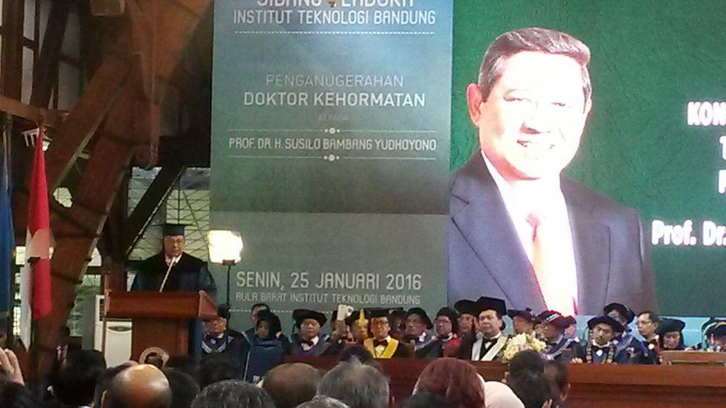 Bukan Lagi Presiden, SBY Sebut Gelar dari ITB Tanpa Beban dan Cemooh