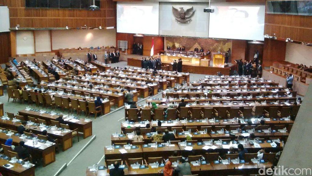 Pelantikan Tim Pengawas Intelijen DPR Menuai Kontroversi
