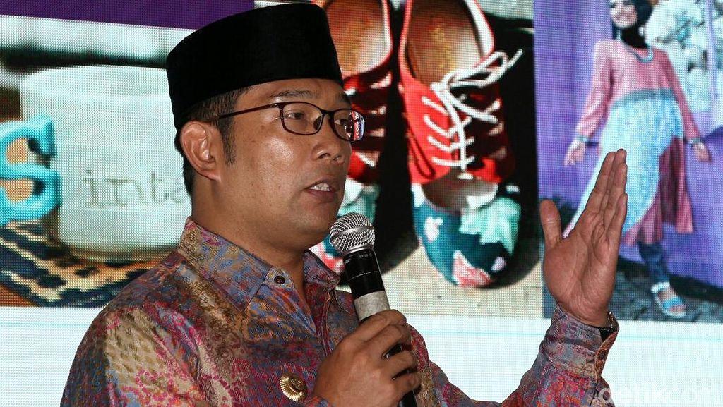 Ridwan Kamil: Buruh di Bandung Cukup SMS untuk Belanja Sembako Murah