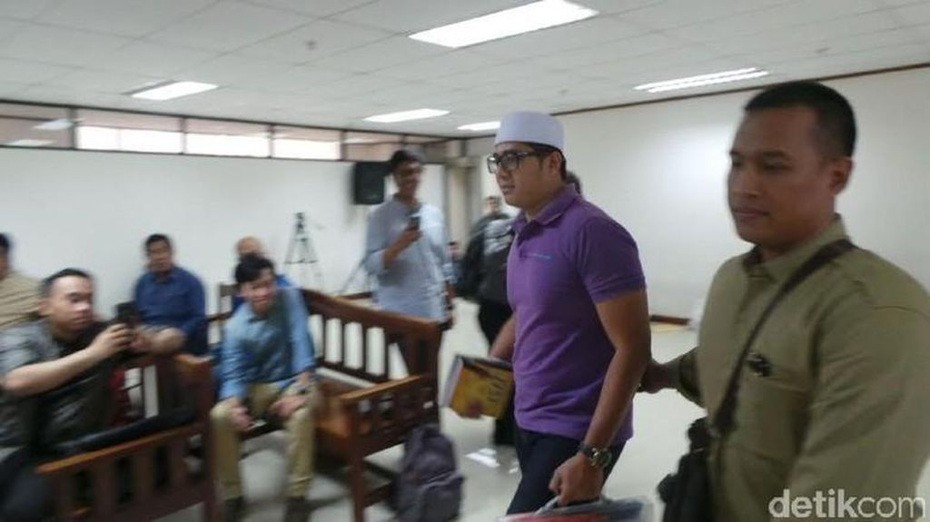 Terlibat Suap Hakim PTUN, Gary Dituntut 3 Tahun Penjara