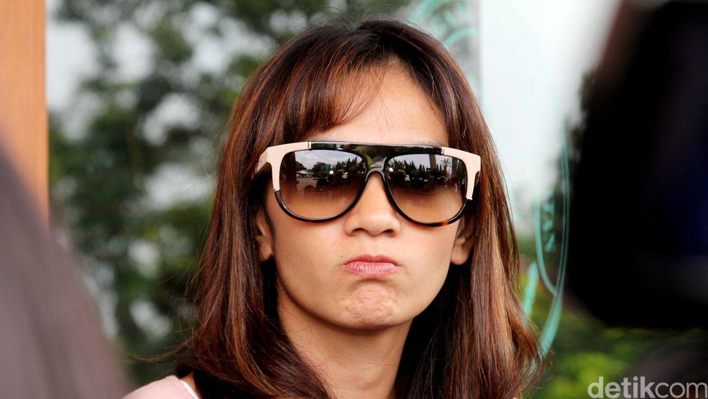 Masayu Anastasia Memar-memar Ikut Muay Thai