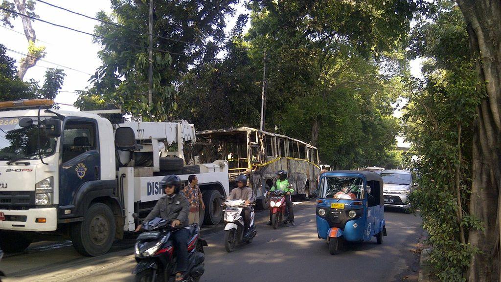 Bus Koridor 6 Terbakar, Dirut TransJ Bekukan Sementara Izin Operator JTM