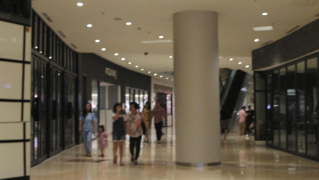 Perbaikan Panel Listrik, Sempat Muncul Asap Putih di East Mall GI