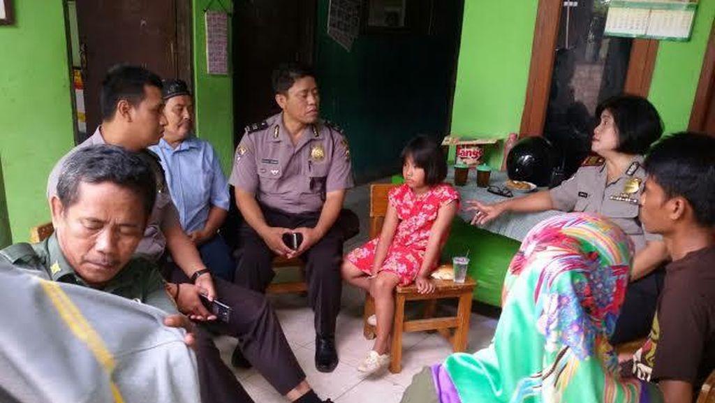 Terpisah Saat Ikut Ibu Memulung, Bocah Perempuan ini Ditemukan Polisi di Bekasi
