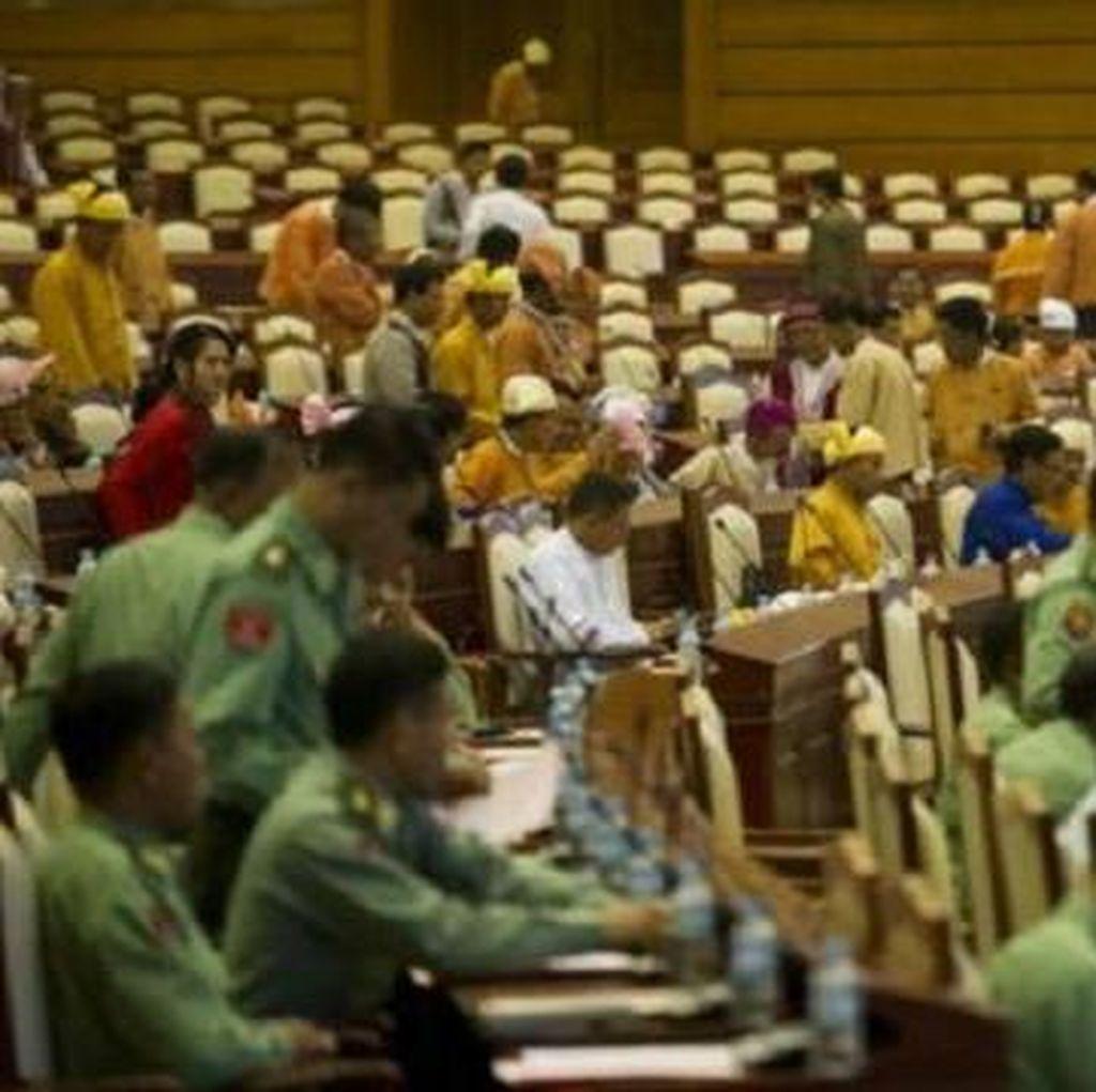 Parlemen Myanmar Gelar Sidang Pertama, Akhiri Dominasi Militer