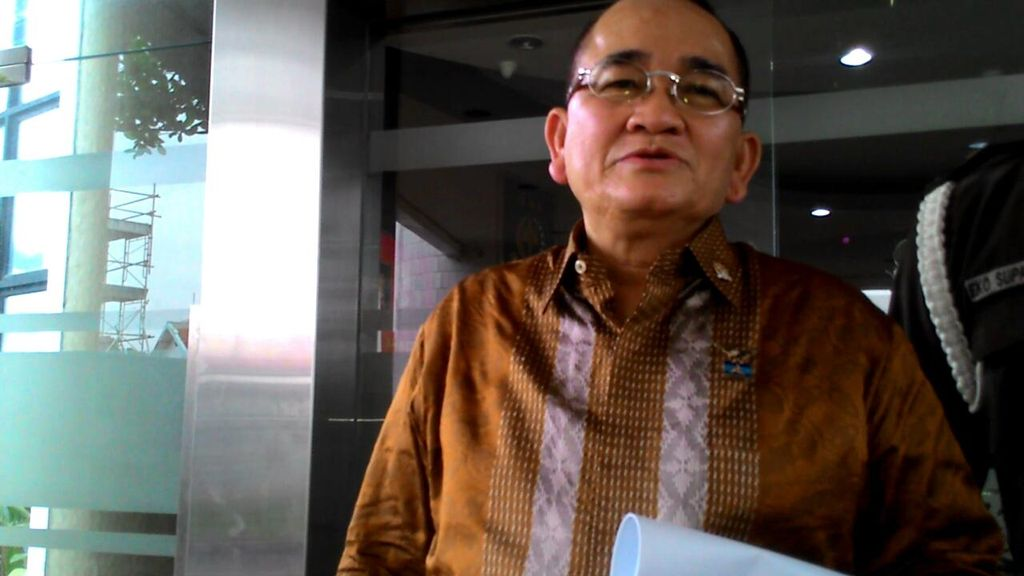 Tolak Paspor Hitam DPR, Ruhut: Awas Over Protect Nanti Ngantongi Narkoba