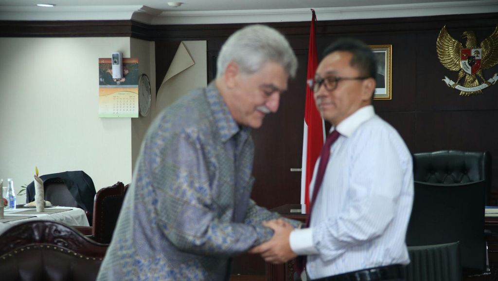 Bertemu Dubes Azerbaijan, Ketua MPR Tegaskan Indonesia Antiagresi