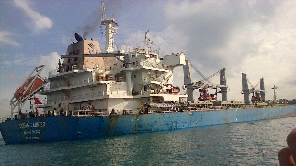 Kapal Kargo yang Kandas di Batam Diduga Muat Uranium, Bakamla Kirim Tim Ahli