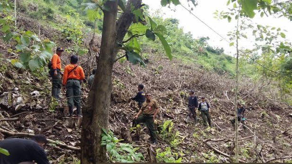 Bersih-bersih Longsoran, Kepala Dukuh di Kulonprogo Tewas Tertimbun Tanah