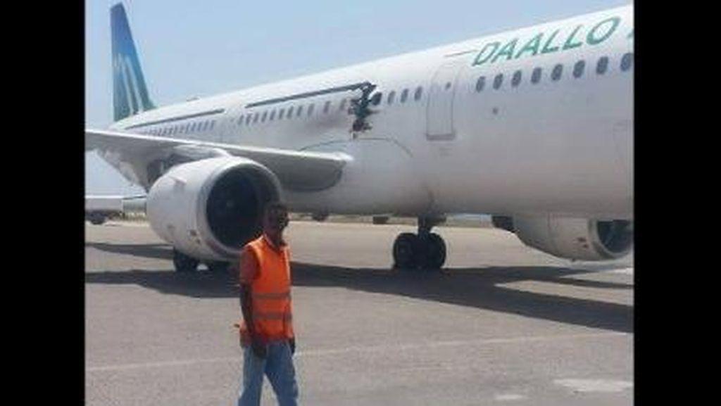 Ada Ledakan Misterius di Pesawat Somalia, 1 Penumpang Tewas