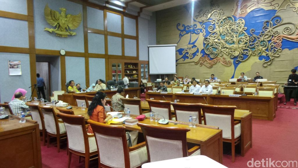 Baleg DPR Rapat Pleno Tentukan Kelanjutan Revisi UU KPK