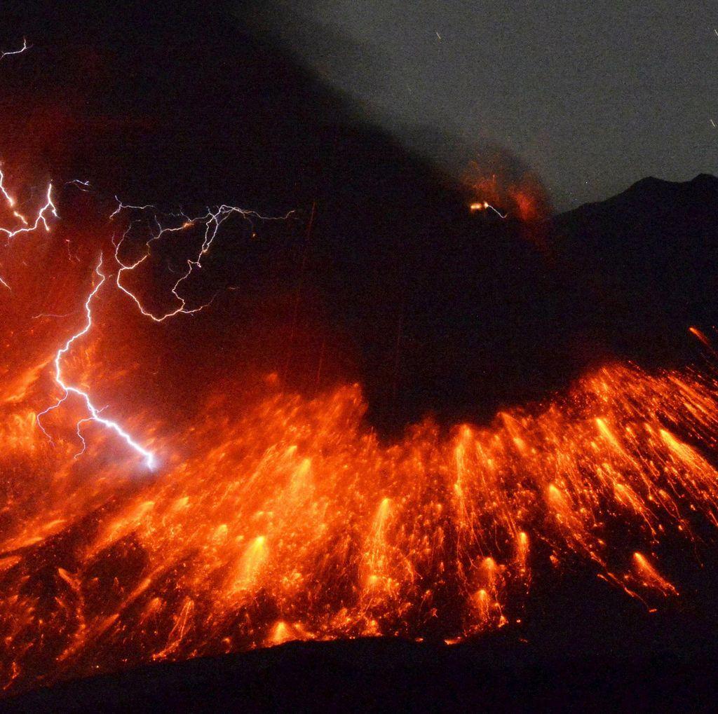 Gunung Sakurajima di Jepang Meletus, Abu Vulkanik Tersembur Sejauh 2 Km