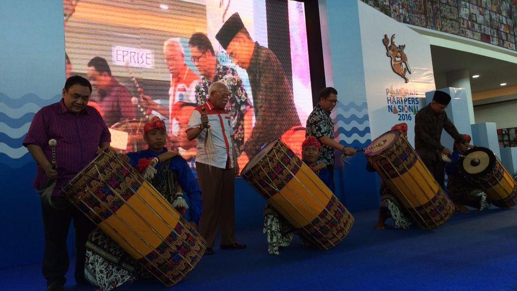 Menkominfo dan Gubernur NTB Buka Pameran Hari Pers Nasional di Lombok