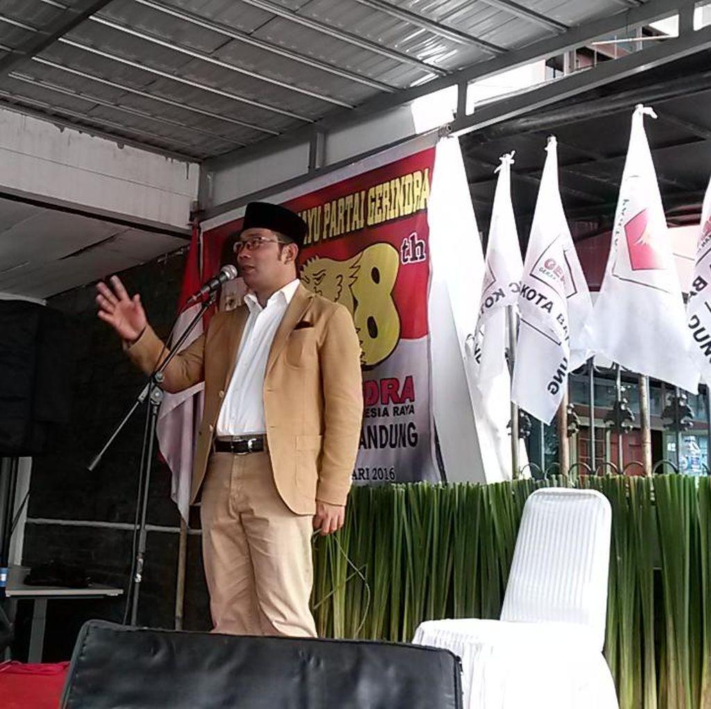 Ridwan Kamil Pamerkan Keberhasilan Menata Kota ke Kader Gerindra