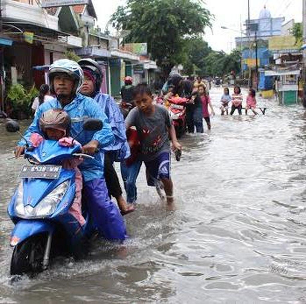 Banjir di Kota Medan Mulai Surut, Warga Kembali ke Rumah