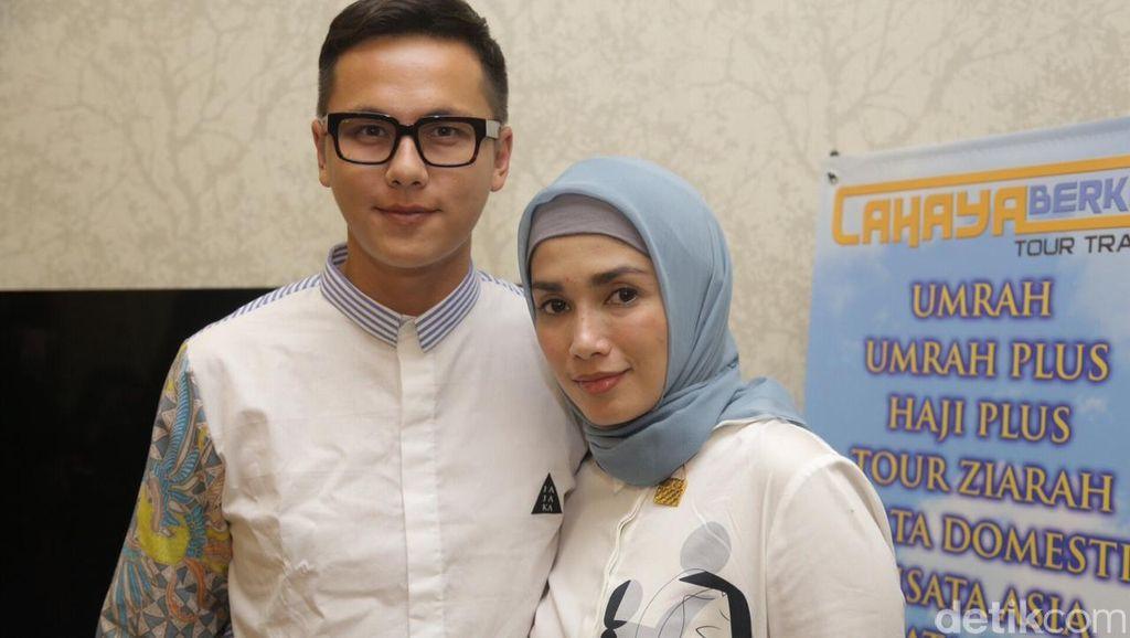 Usai Umrah, Ussy dan Andhika Nostalgia Pre-Wedding ke Dubai