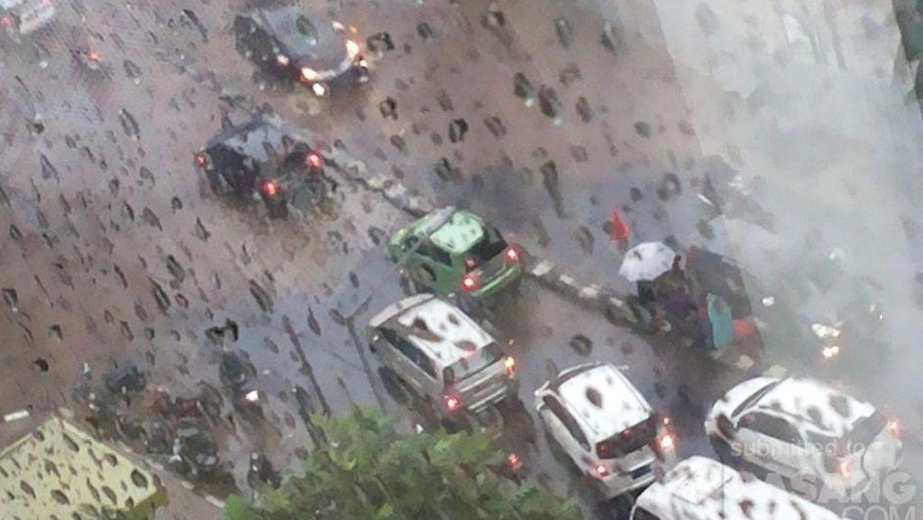 Hujan Deras, Ini Beberapa Titik Genangan di Jakarta Selatan