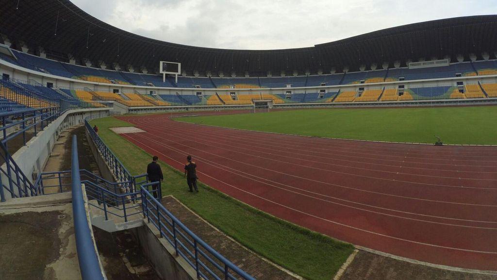 Ridwan Kamil Minta Panpel Persib Ganti Kerusakan Fasilitas Stadion GBLA