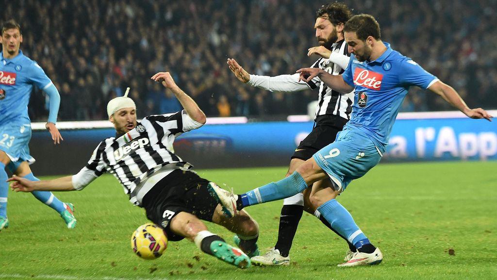Cannavaro: Juve Lawan Napoli Akan Berakhir Seri