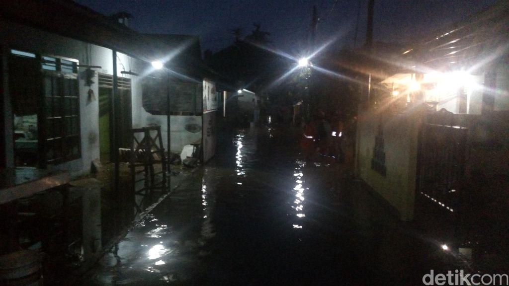 Bukan Tanggul Jebol, Air yang Rendam Wilayah Ciganjur dari Luapan Kali