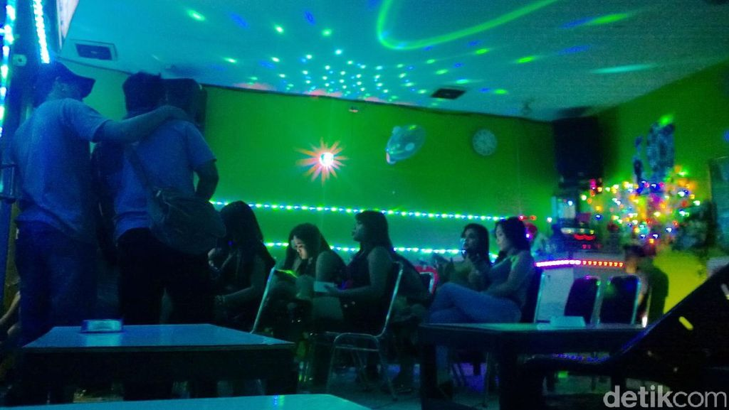 Tawaran Menarik untuk Kupu-kupu Malam di Kalijodo