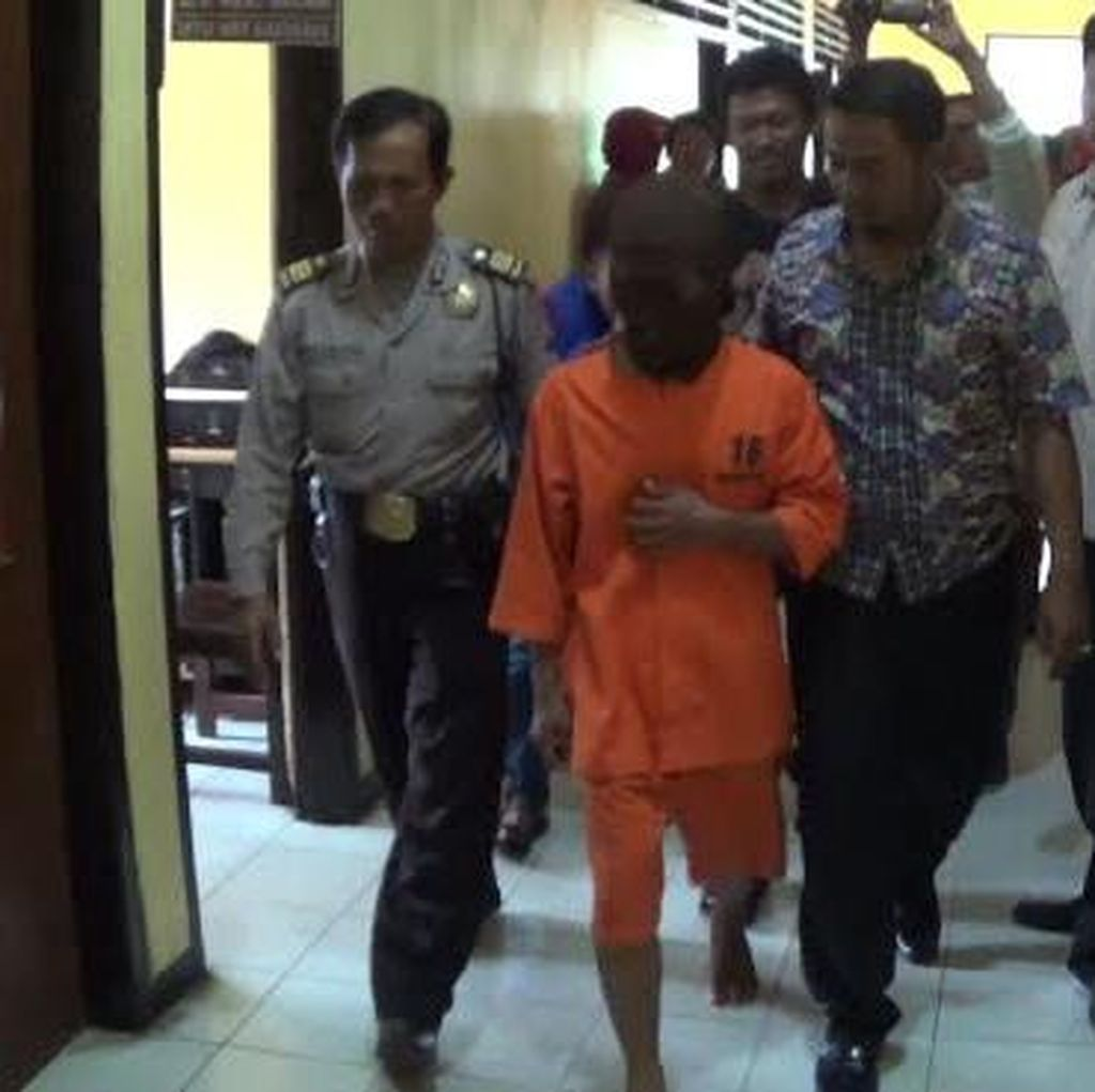 Oknum Guru di Sumenep Digiring ke kantor Polisi Diduga Sodomi Anak Didiknya