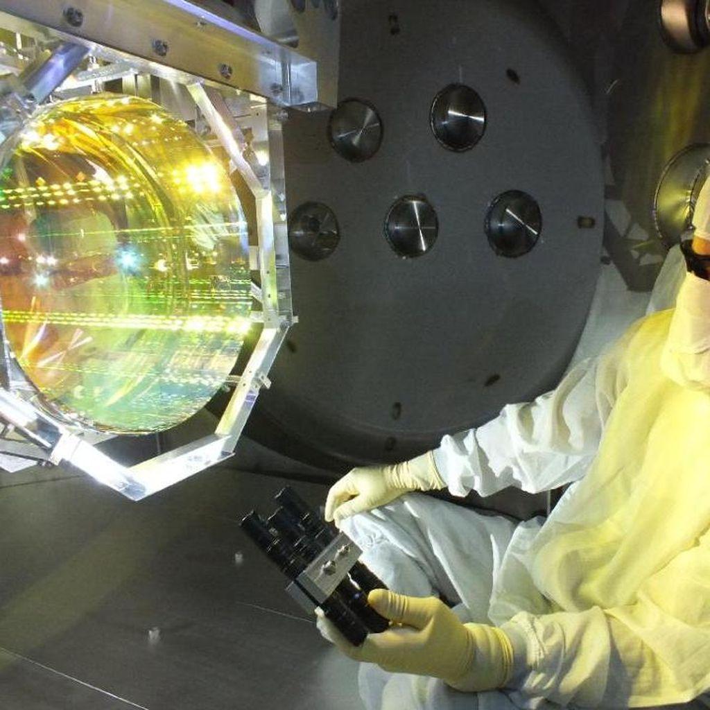 Penemuan Baru! Ilmuwan Melihat Gelombang Gravitasi Einstein