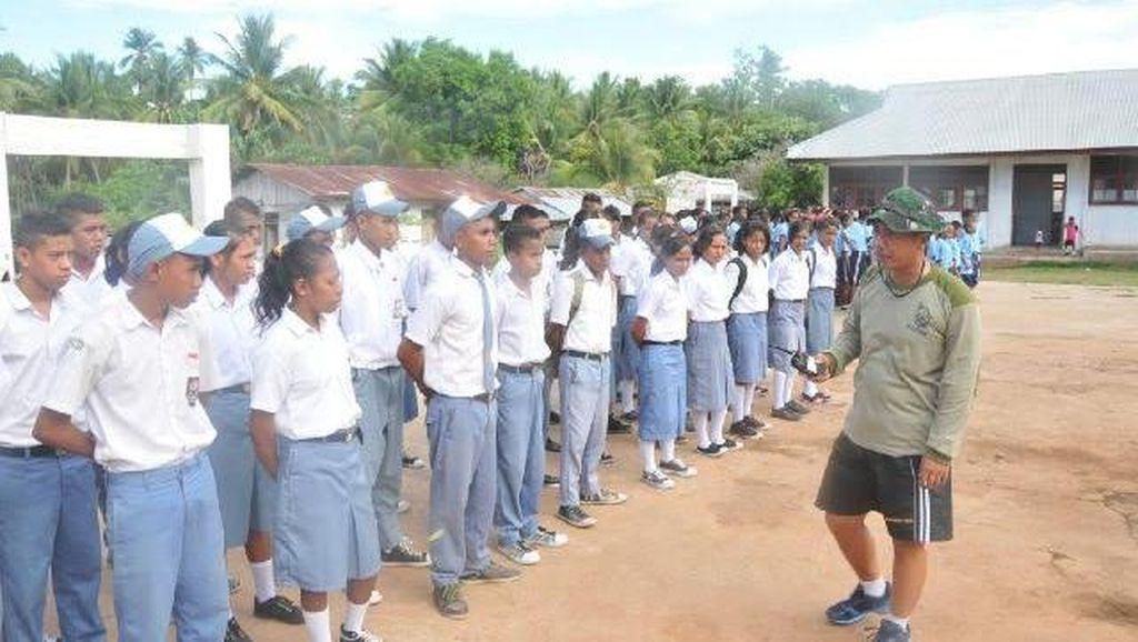 Cerita Guru Hebat, Mereka yang Bernyali Mengajar Anak-anak di Pulau Terluar
