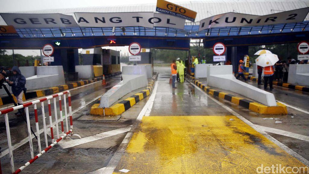 Gerbang Tol Cikunir 2 Masih Ditutup, Cikampek Arah JORR Lewat Jalur Alternatif