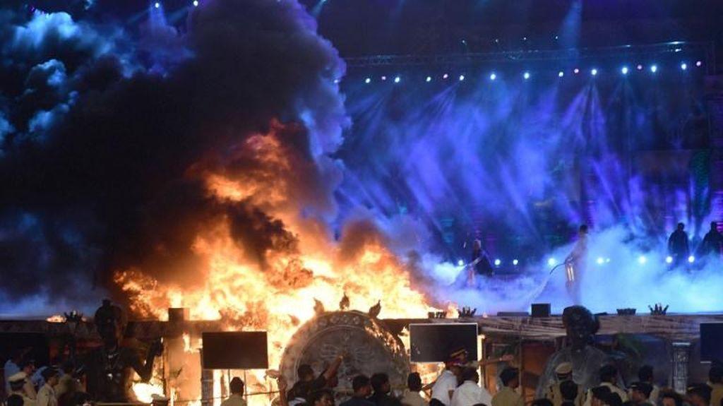 Kebakaran Saat Acara Pameran Make in India, Ribuan Orang Dievakuasi