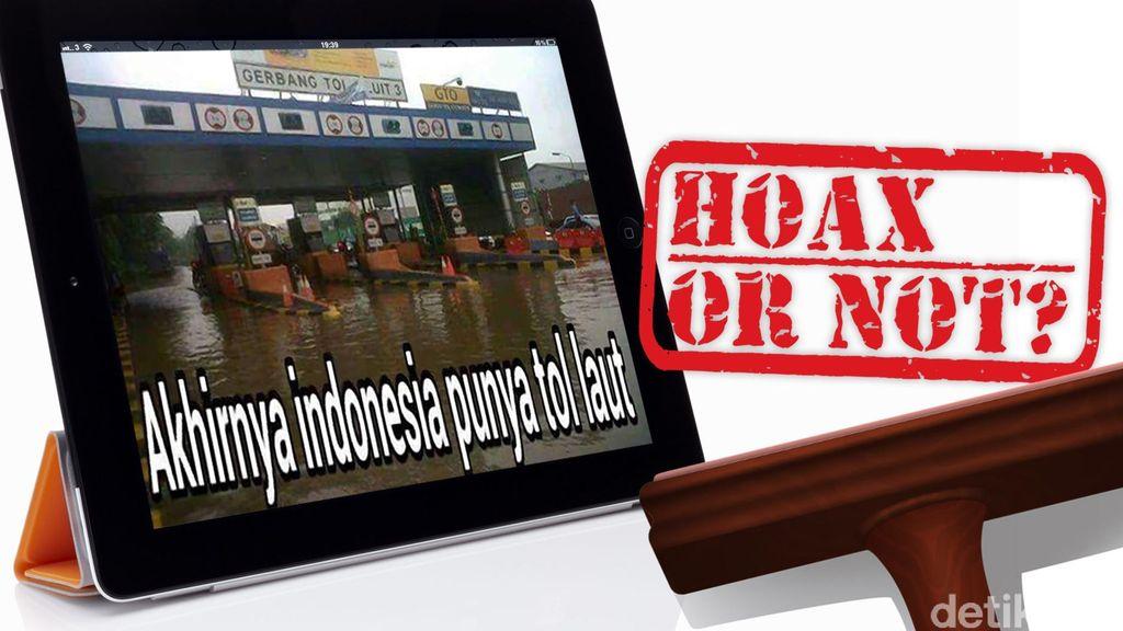 Foto Tol Laut Banjir di Gerbang Tol Pluit 3