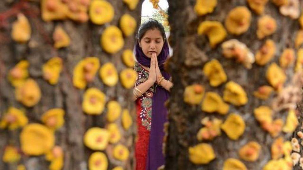 Perempuan India Tuntut Hak Beribadah di Kuil