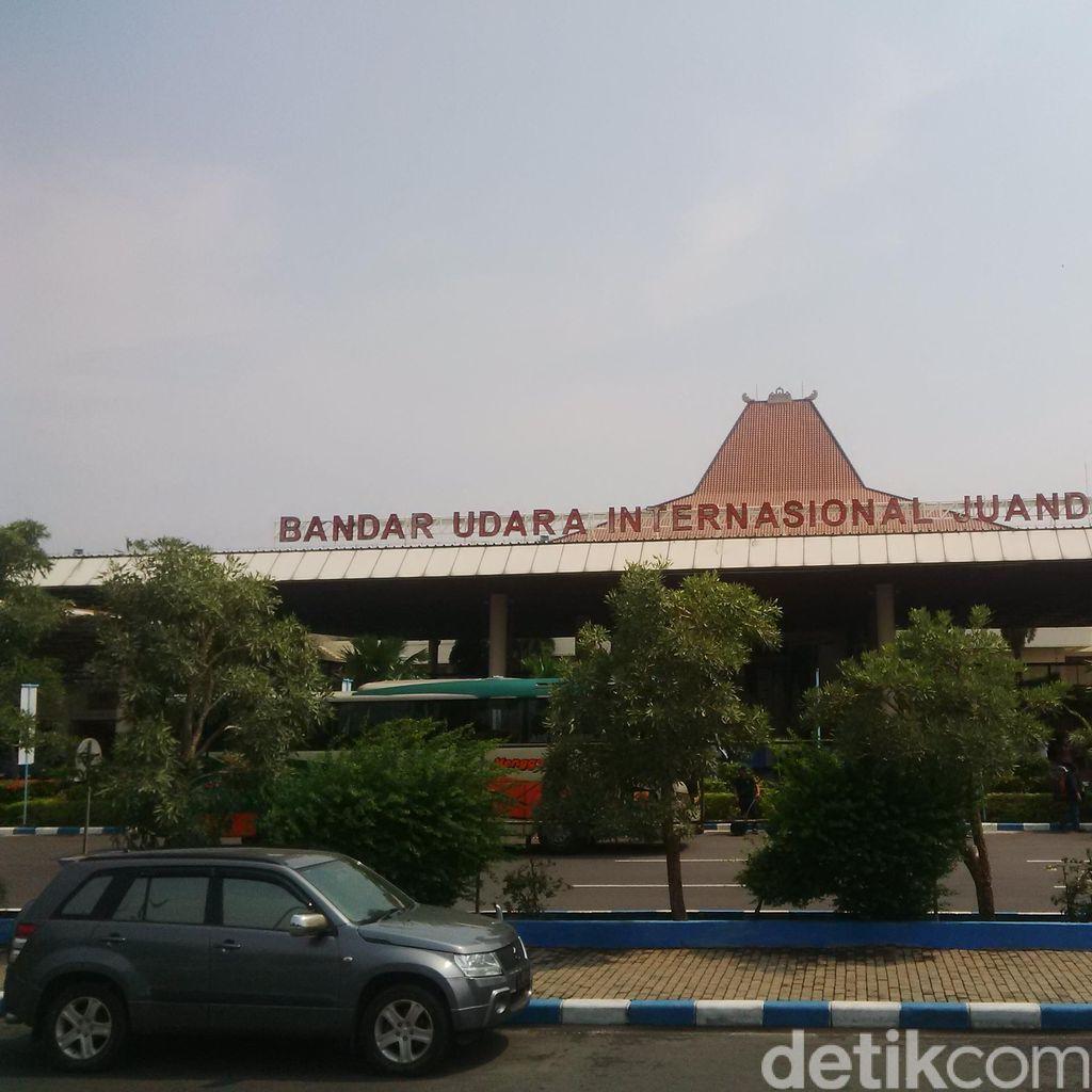 Penumpang di Bandara Juanda Mulai Meningkat