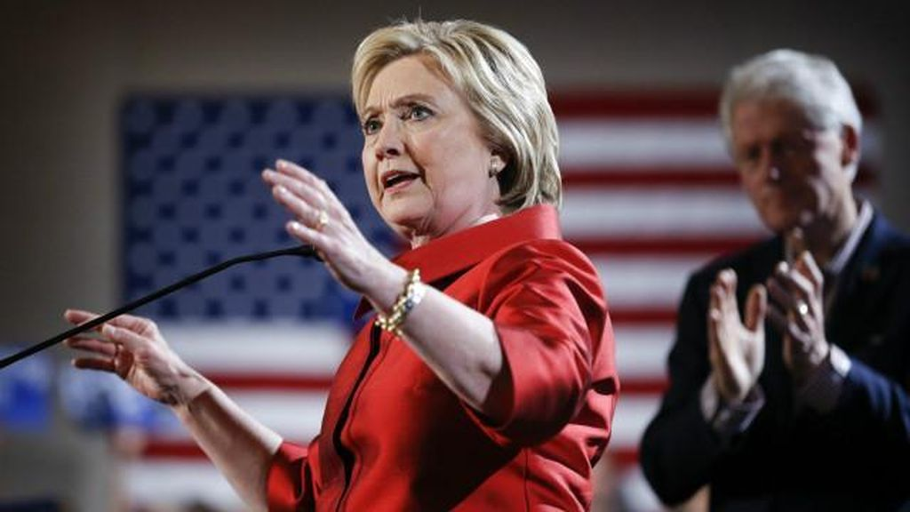 Trump Menang di South Carolina, Hillary Rebut Nevada