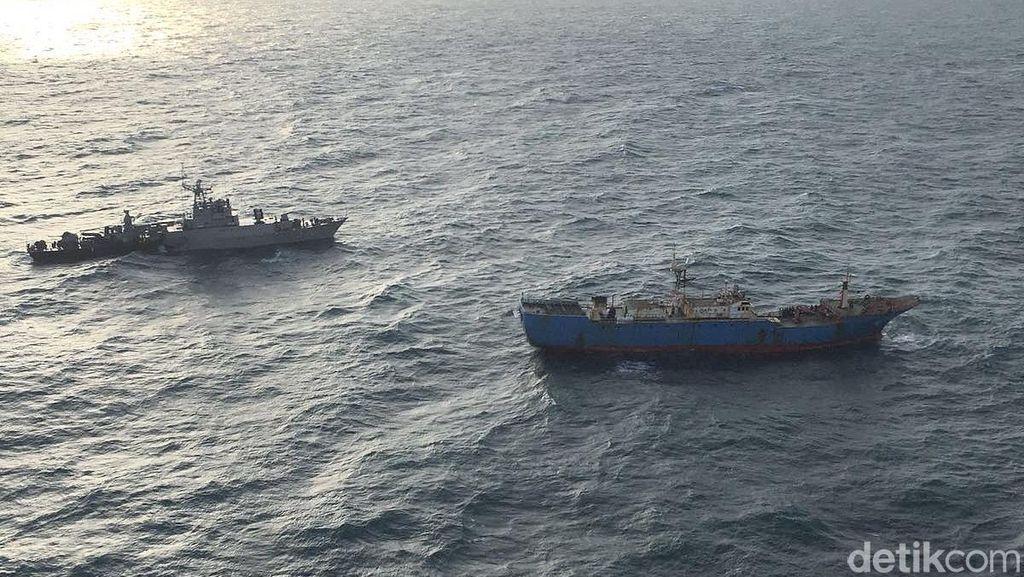 TNI AL Berhasil Tangkap Kapal Asing Buruan Interpol di Kepri
