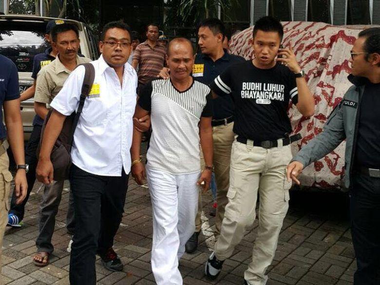 Lingkaran Kasus Daeng Aziz, dari Muncikari hingga Pencurian Listrik