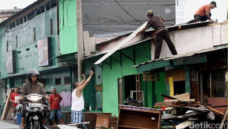 Walkot Jakut: 183 KK Angkat Koper dari Kalijodo, 4 Keluarga Masih Bertahan