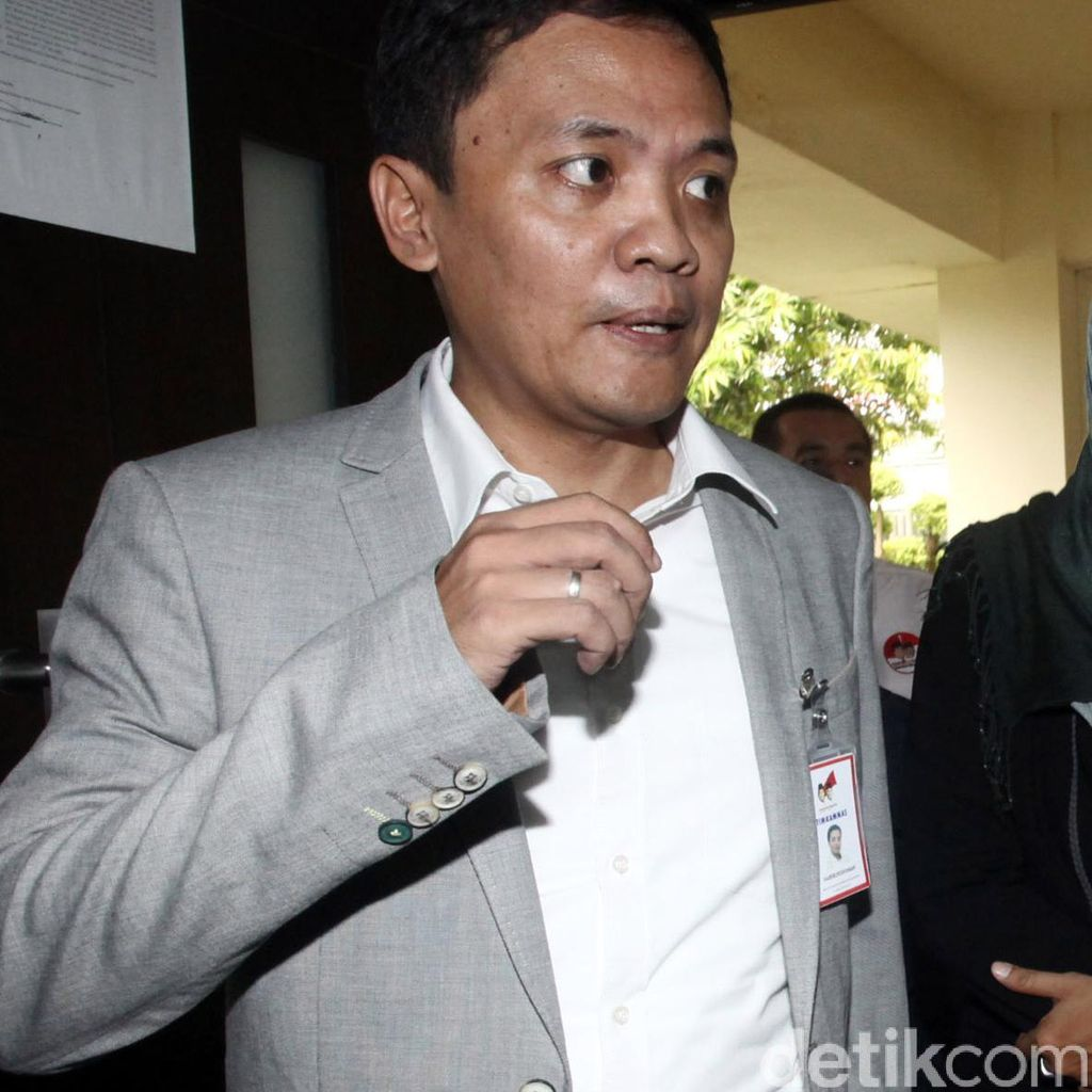 Habiburokhman: <i>HBD</i> Hok, <i>Be A Man</i>! Maju Independen