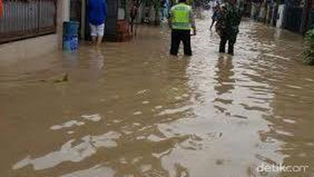 Ratusan Rumah di Perum PGP Jatiasih Terendam Banjir