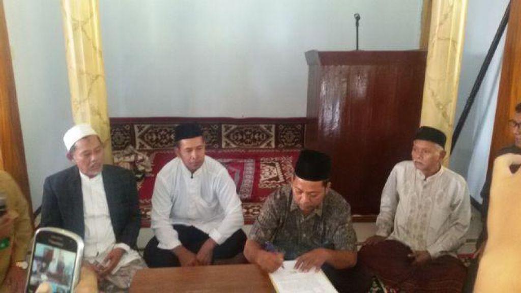 Jari Nabi Isa Van Jombang dan Puluhan Pengikut Akhirnya Bertobat