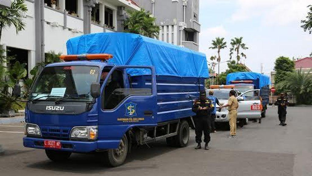 Pemkot Surabaya Kirim Bantuan Korban Banjir di Sampang
