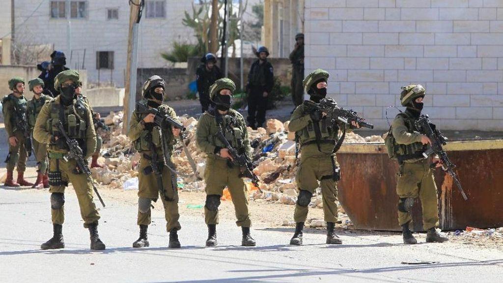 Militer Israel Hancurkan 10 Rumah Warga Palestina di Tepi Barat