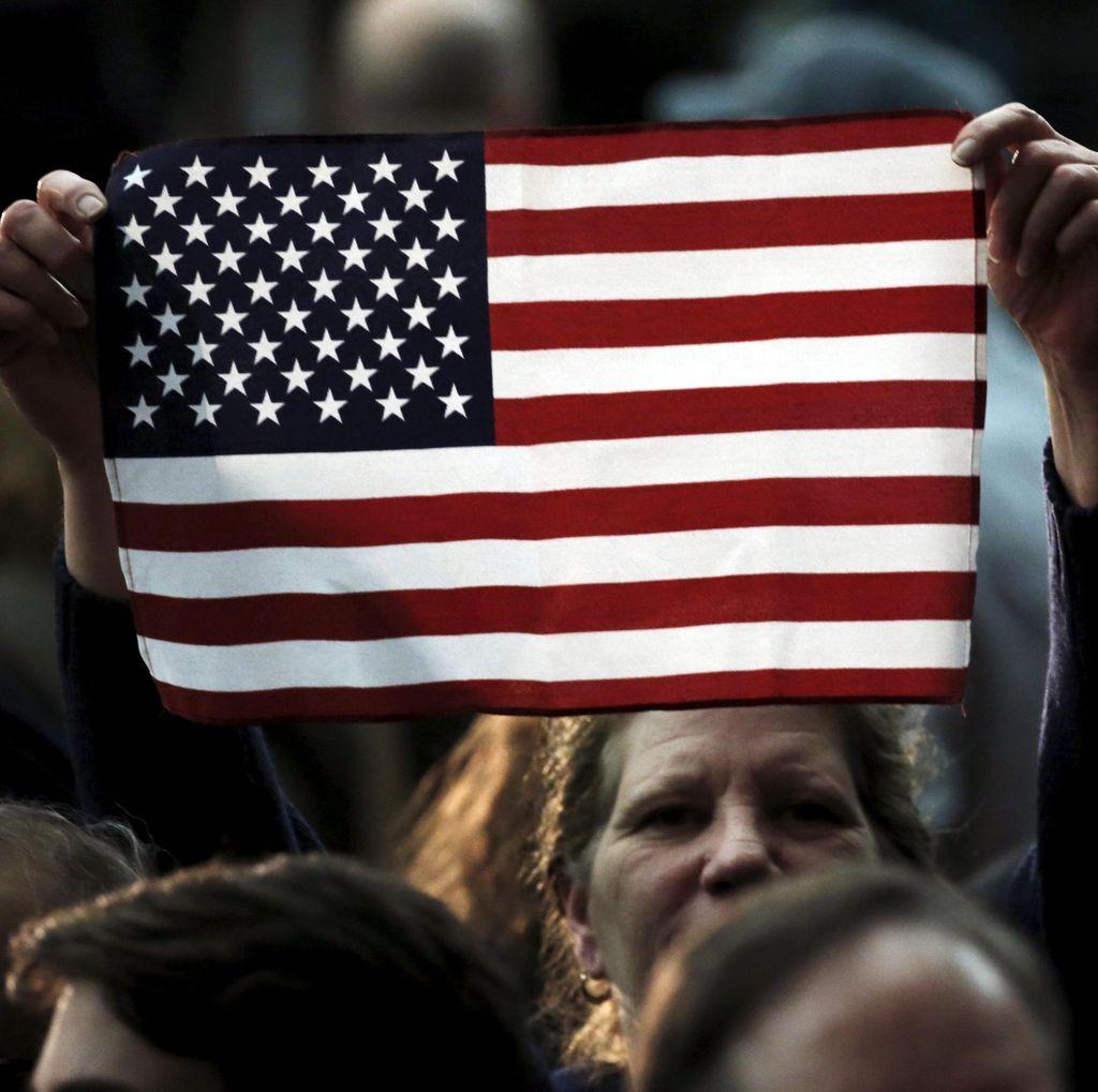 Panjat Pagar Bandara dan Tabrakkan Truk ke Pesawat, Pria AS Ditangkap