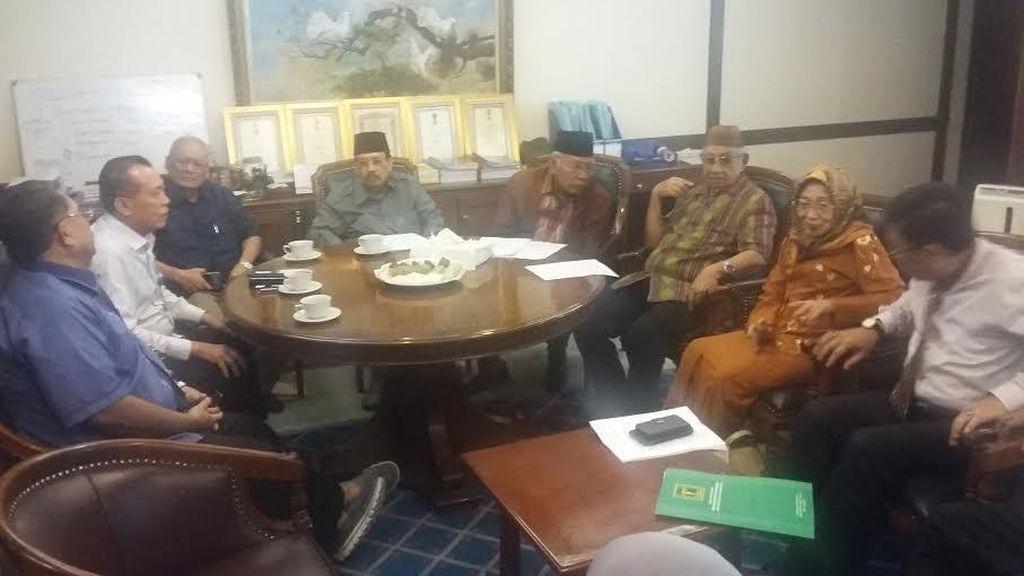 Tokoh Senior PPP Sambangi Kantor NasDem Bahas UU Parpol
